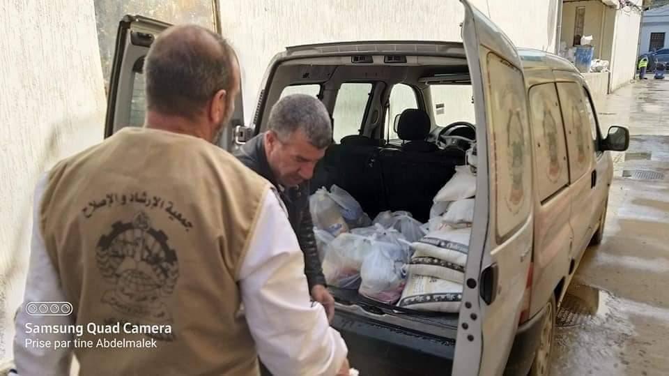 توزيع تبرعات غدائية - تنسيقية ولاية عنابة للتكتل الوطني للتضامن و الإغاثة