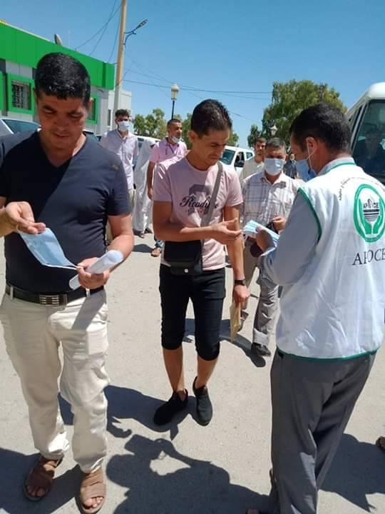 حملة تحسيسية حول الرمي العشوائي للقفازات والكمامات - المنظمة الجزائرية لحماية و ارشاد المستهلك و محيطه